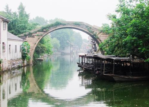 潮湿多雨的梅雨季,江南水乡的你还好么?